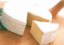 Handmade safe and safe natural cheese